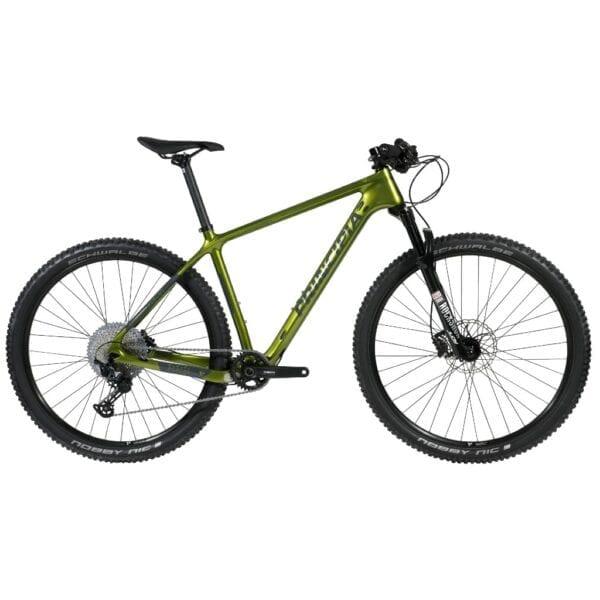 Grøn carbon Principia hardtail med 1x12 gear og luft-forgaffel fra RockShox